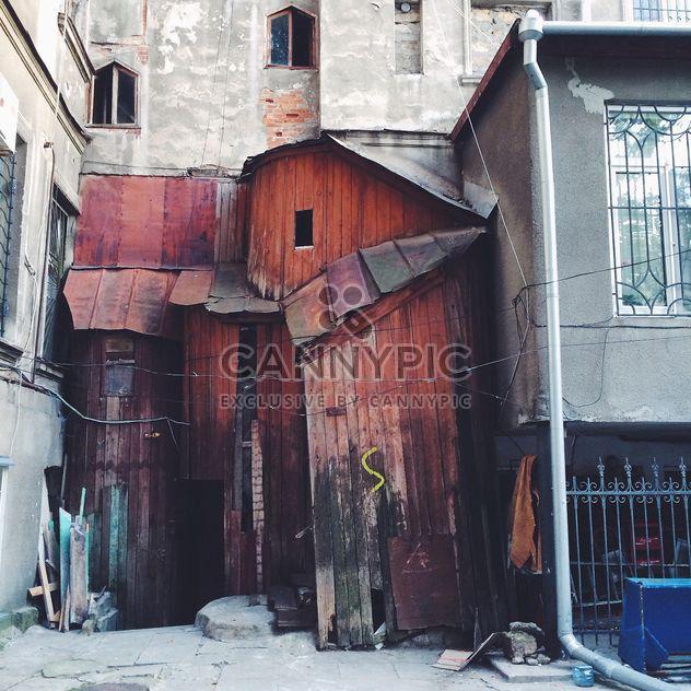 Haus mit interessanten Nebengebäude - Kostenloses image #136219