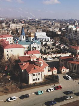 Aerial view on cars and architecture of city - бесплатный image #182729