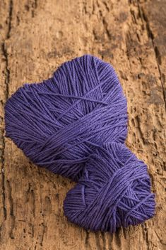 Purple hearts of thread - image gratuit #183009