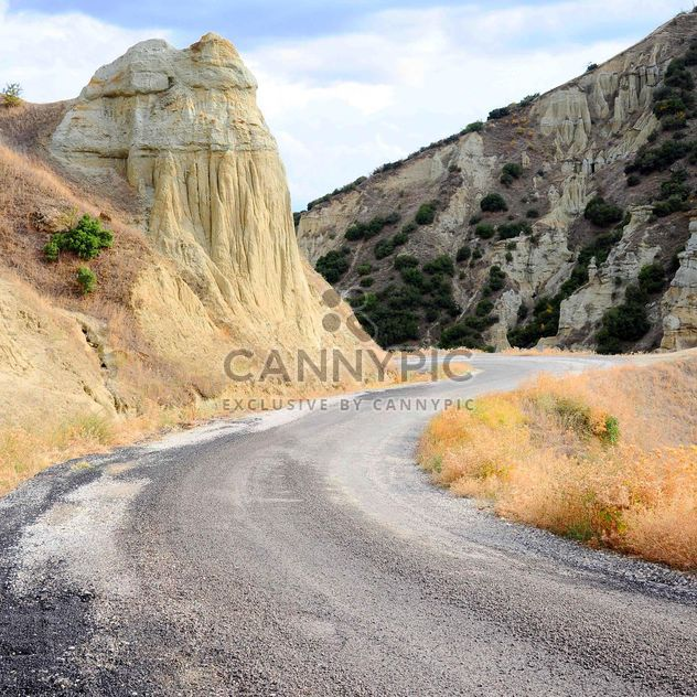 Empty mountain road - Free image #183109