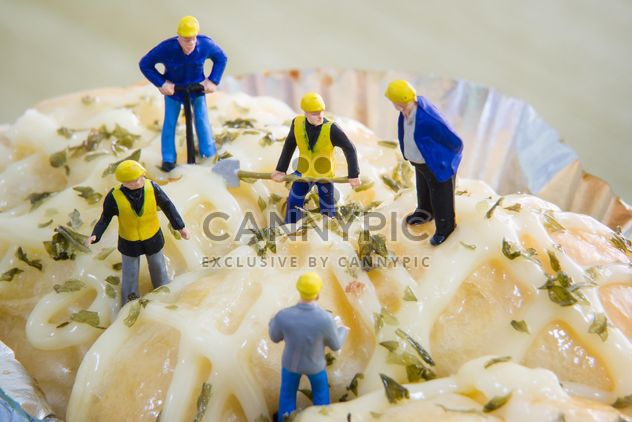 Tiny figurines on bakery - Free image #183459