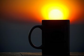 Cup silhouette at sunset - image gratuit #183479