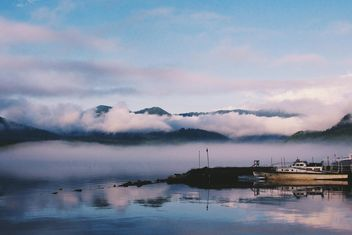 Thick fog on the lake - бесплатный image #183689