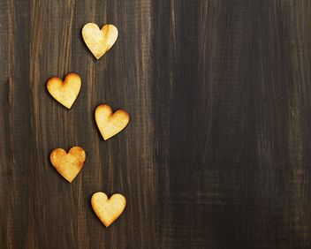 Hearts on the wood - image #184059 gratis