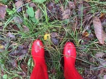 Red gumboots - image #185899 gratis