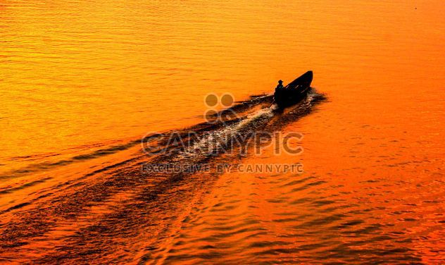 man travel on the boat - Free image #186459