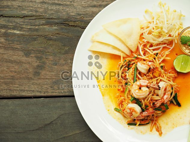 Pad thai noodles with shrimps - Free image #187049