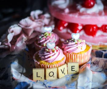 Cupcakes for Valentine's day - image gratuit #187399