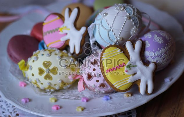 Easter eggs and cookies - Free image #187589