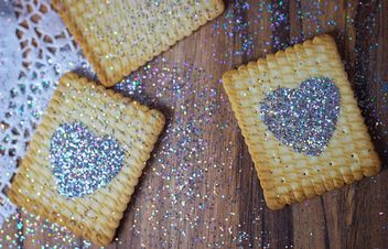 Cookies with glitter hearts - бесплатный image #187639