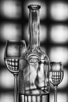 wine glasses and bottle silhouette gray background - image #187669 gratis