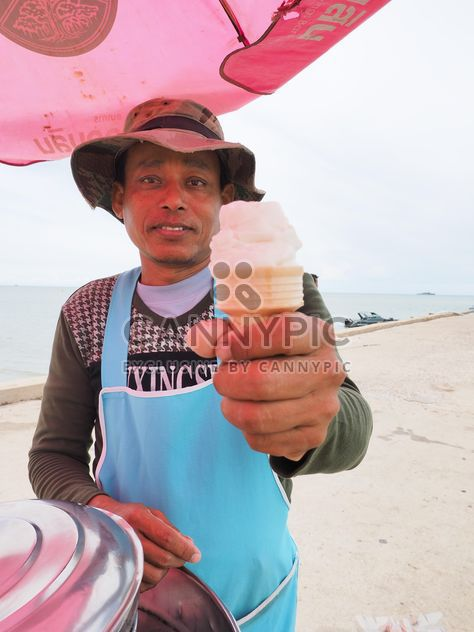 Ice cream seller - Free image #198089