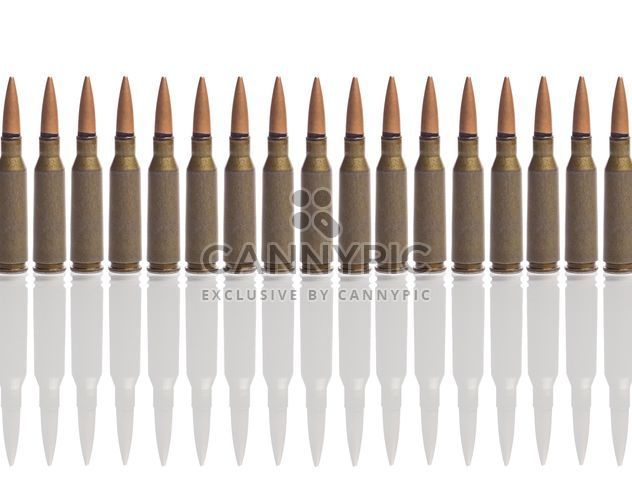 Munition, die isoliert auf weißem Hintergrund - Kostenloses image #198869