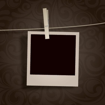 Blank Polaroid Photo Hanging - Kostenloses vector #199809
