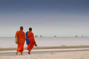 Thai Monks walking on the beach - Free image #200169