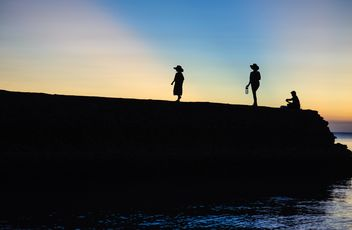 Silhouettes at sunset - image gratuit(e) #271869