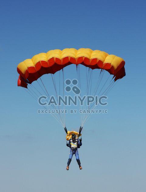Vol de parachute - image gratuit(e) #273759