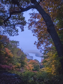 Misty Mississippi Autumn, Wyalusing State Park, Wisconsin - бесплатный image #294359