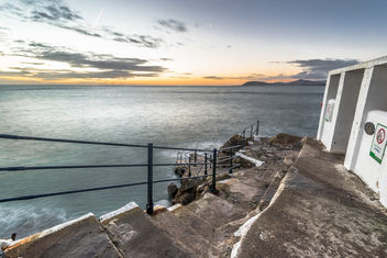 Sunrise in Hawk cliff, Dalkey, Co. Dublin, Ireland - image #295809 gratis