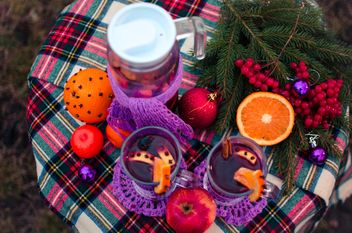 hot mulled wine in beautiful glasses - image gratuit #297519