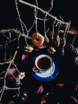 Black tea and cookies - image gratuit #302869