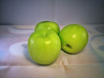 Green apples - image gratuit #303359