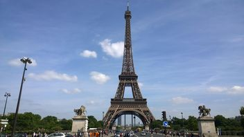 Eiffel Tower - image #304769 gratis