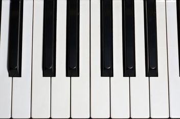 Texture: Piano 1 - image gratuit #311679