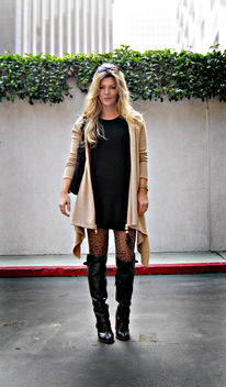 leather boots+leopard tights+sweater dress+cat eye sunglasses+blonde hair+light+sharp - Free image #314479