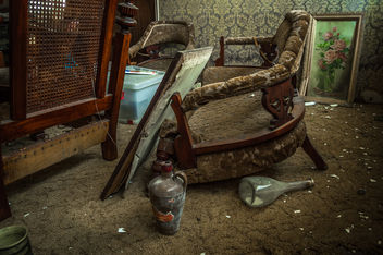 Broken & Forgotten - image gratuit #319749
