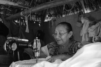 Traditional manufacture, Mayan Village, Yucutan, Mexico - image gratuit #321339