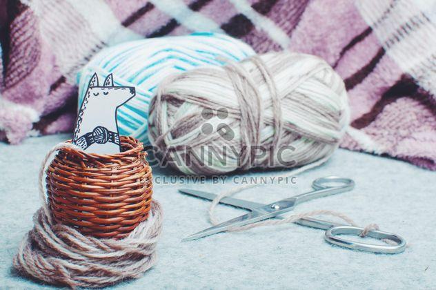Raposa de papel na cesta de vime pequena - Free image #327289