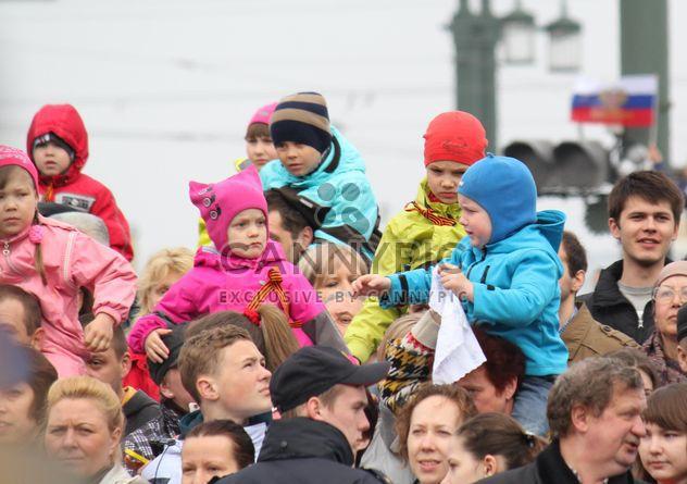 Desfile militar del 9 de mayo en la Plaza de Dvortsovoy - image #328419 gratis