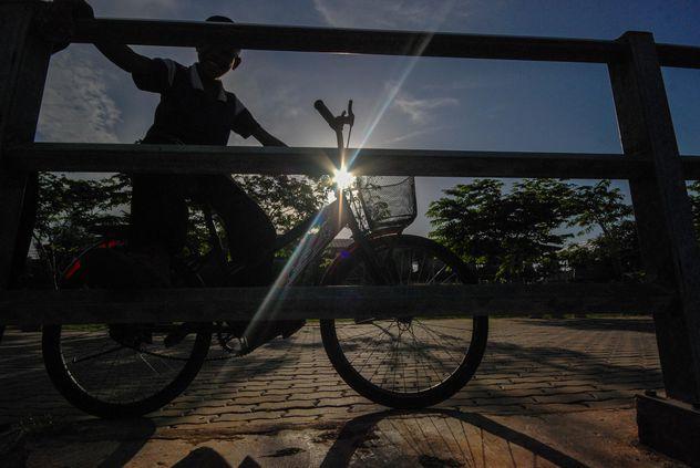 Kid riding a bicycle - Free image #330369