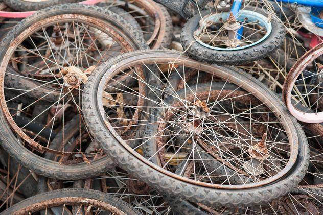 Rodas de bicicleta antiga - Free image #330379