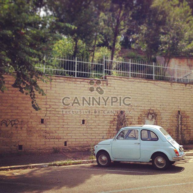 Viejo coche Fiat 500 - image #331459 gratis