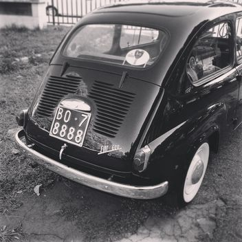 Fiat 600, black and white - image gratuit(e) #331689