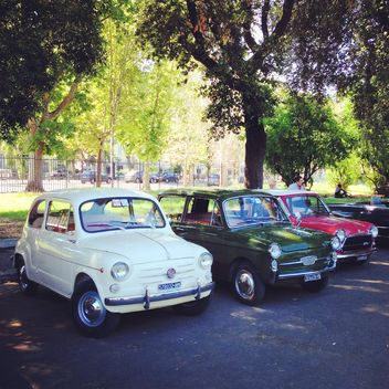 Little cars on parking in park - image gratuit #331989