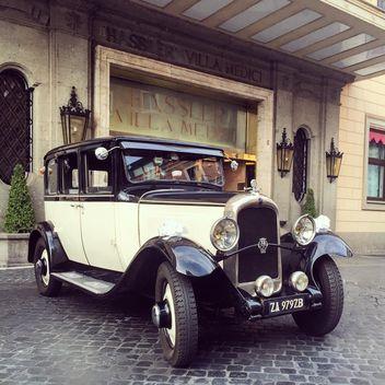 Retro classic car - image #332379 gratis