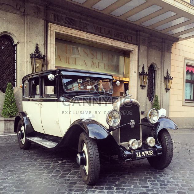 Ретро классический автомобиль - Free image #332379