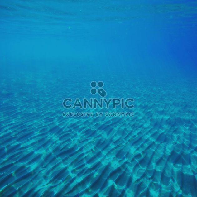 Fondo de mar azul - image #332389 gratis