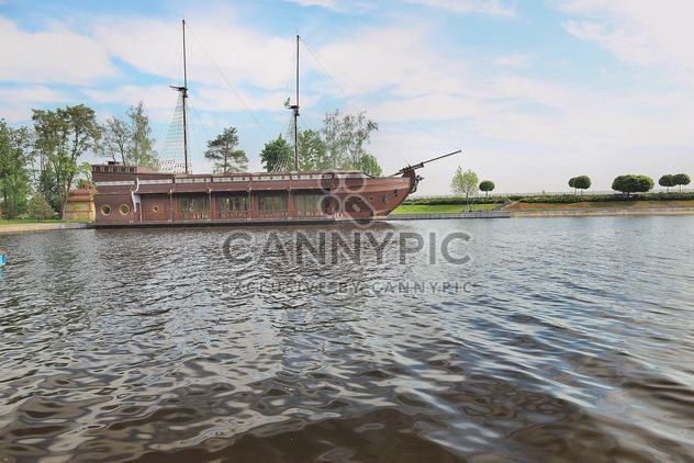 Beautiful river vessel - image #333149 gratis