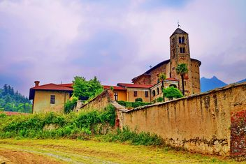 Architecture of italian church - image #334769 gratis