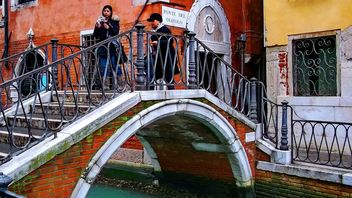 Venice bridge over the channel - Free image #334979