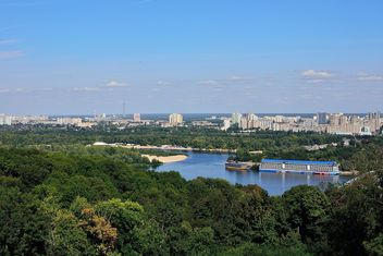The views of the Dnipro and left shore of Kiev - бесплатный image #335079