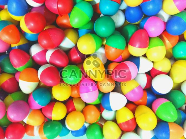 Multi-colored balls in a pile - Free image #335179