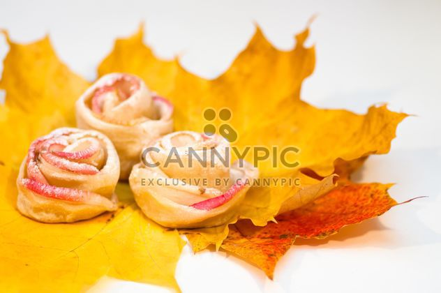 Roses made of dough and apples - Free image #337839