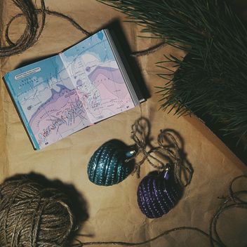 Christmas decorations, box, pine, and map - image #342549 gratis