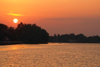 Landscape with sunset over river - бесплатный image #344579