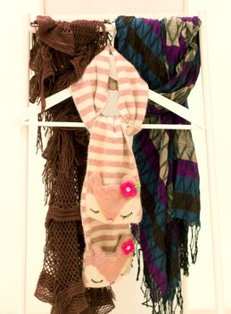 Warm scarves hanging on trempel - бесплатный image #348039